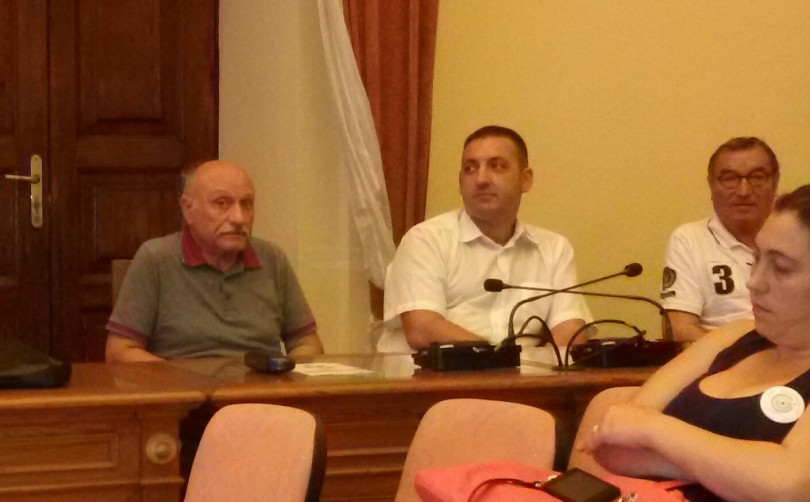 Proiezione di Crisi € Cra[s]i a La Maddalena 26-09-2015