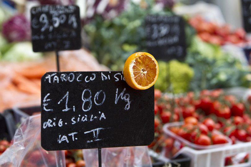 Italia: la deflazione accelera