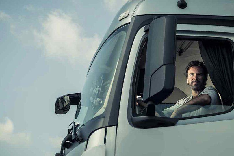 Retribuzioni: ribasso senza fine. Guidare il camion per un euro l'ora