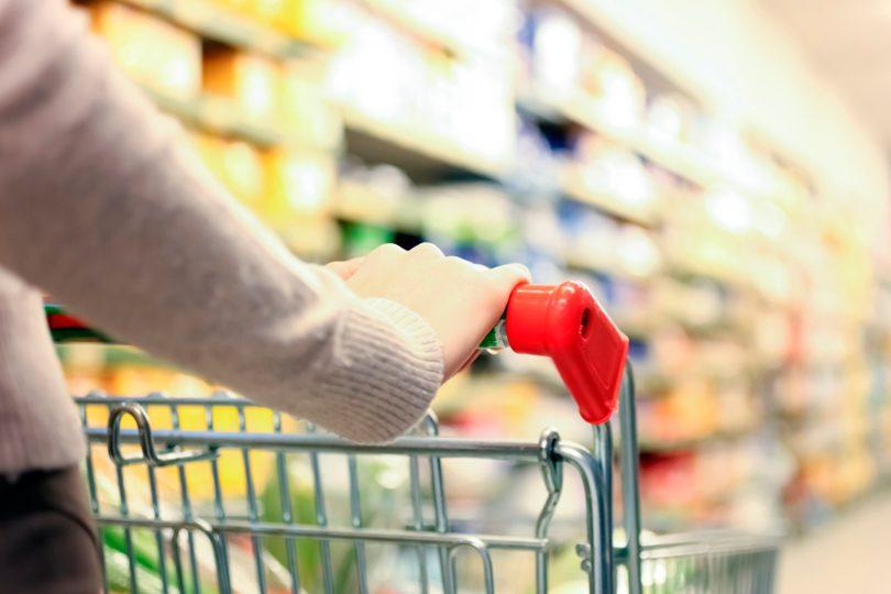 Economia reale: si riparmia sul cibo
