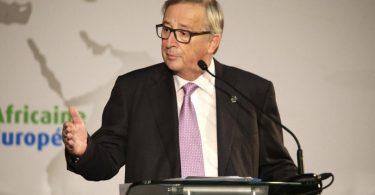 """Juncker: """"svincolare i singoli Paesi dal limite del 3%"""". Ci siamo o no?"""